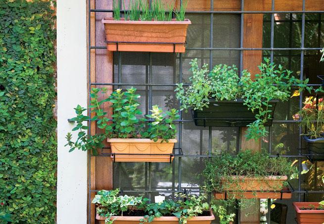 jardineiras na grade