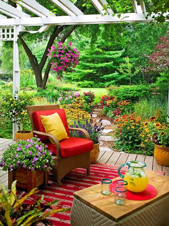 poltronas em jardim